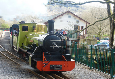 ravenglass and eskdale railway discover the lakes